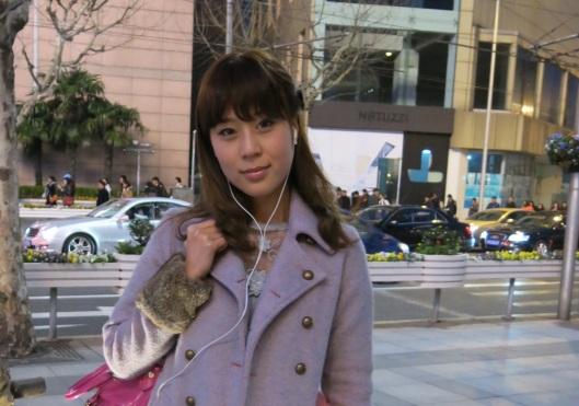 Les filles de Shanghai sont belles, celles de Pékin sont plus drôles mais celles de Shanghai sont belles.