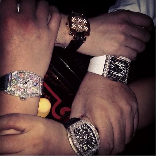"""L'un des nombreux Instagram de millionaires chinois étalant leurs """"Bling"""""""