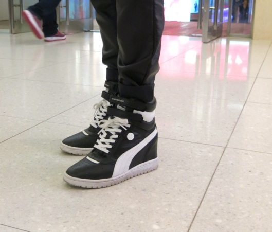 bw_sneakers