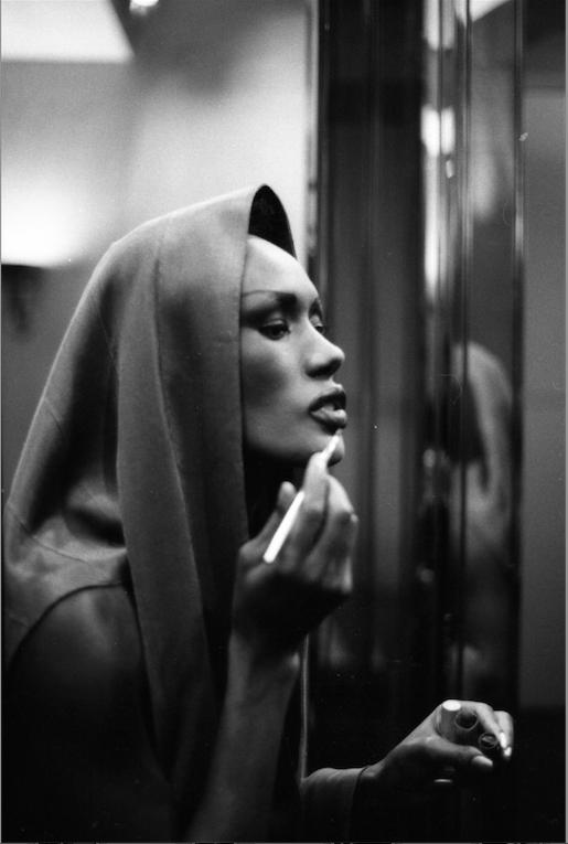 Grace doing her makeup. 1985 rue du Parc Royal (photo Bénédicte Bro Cassard)